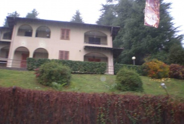 DIK184 Stresa. Excellent apartment with front terrace, 100 meters from the lake!
